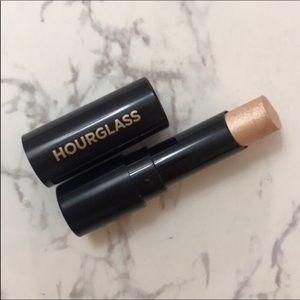 5 for $30 Hourglass Vanish Highlighting Stick
